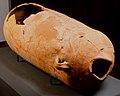 Anfora utilizzata come sepoltura Museo Archeologico Cecina.jpg