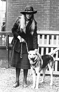 Anna Roosevelt Halstead and dog.jpg