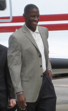 Anthony Grant at Airport.JPG