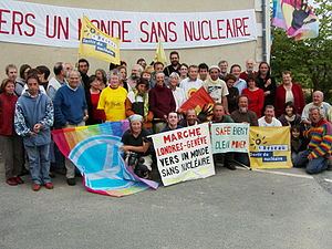 Sortir du nucléaire (France) - Anti-nuclear march from London to Geneva, 2008