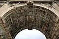 Arco di Traiano (Benevento), volta a cassettoni 01.jpg