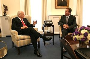 Political career of Arnold Schwarzenegger - Vice President Dick Cheney meets with Gov. Arnold Schwarzenegger for the first time at the White House.