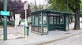 Aubette de tram du square Léopold II - 02.jpg