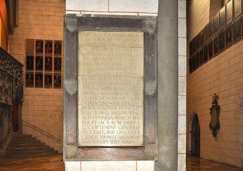 File:Augsburg Dom Gedenktafel Otto III.jpg