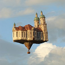 BallonKathedrale01 edit.jpg