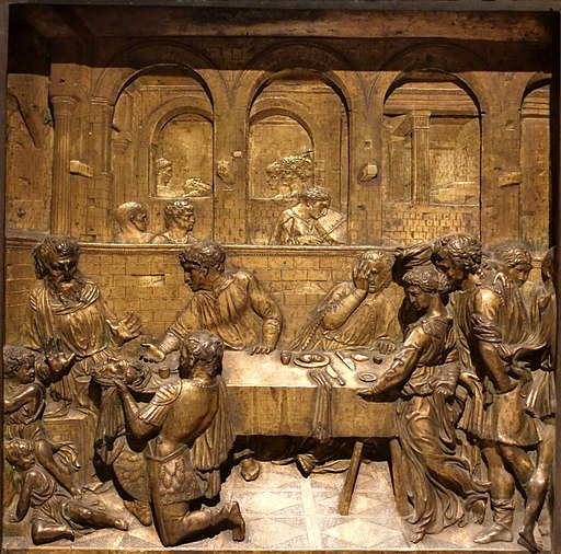 Baptismal font of the Siena Baptistry la-test battista presenta