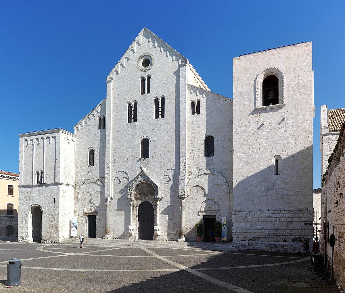 Resultado de imagen de Basílica de San Nicola en Bari