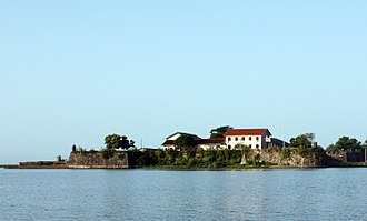 History of Sri Lanka - A Portuguese (later Dutch) fort in Batticaloa, Eastern Province built in the 16th century.