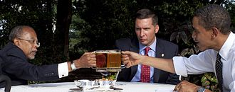 Henry Louis Gates arrest controversy - Image: Beer summit cheers