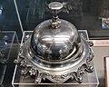 Bell of bulgarian parlament 1946.jpg