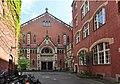 Berlin-Kreuzberg - Marthakirche courtyard pano 02.jpg