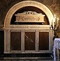 Bernardo Rossellino e aiuti, tomba di Orlando di Guccio de' Medici, 1456-58 ca. 01.jpg
