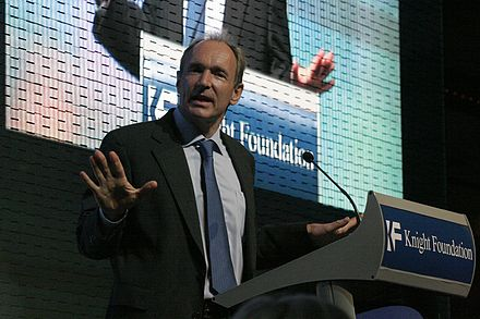 Berners-Lee speaking at the launch of the World Wide Web Foundation Berners-Lee announcing W3F.jpg