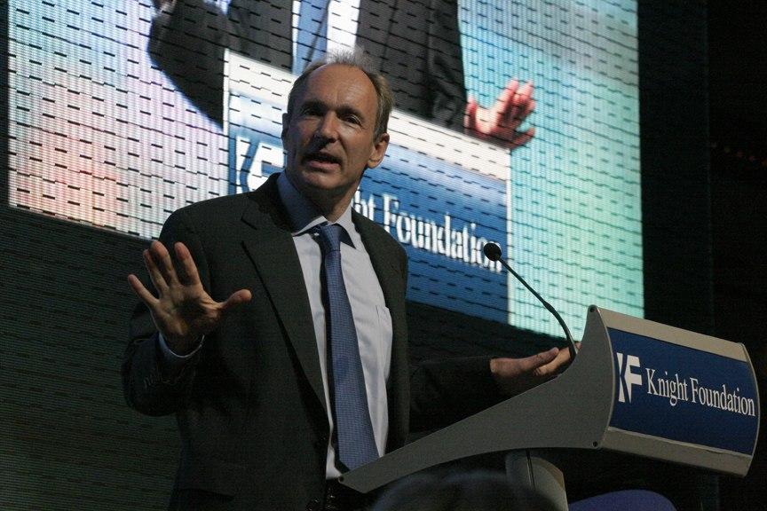 Berners-Lee announcing W3F