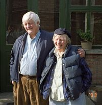 Bill and Joan Hinton 1993 R01 013.jpg
