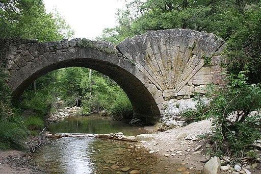 Pont à Coquille dans l'Aiguebrun