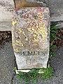 Borne Kilométrique Rue Chantilly Vineuil St Firmin 3.jpg