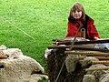 Bours (19 sept 2010) fillette et flûtes 09b.jpg