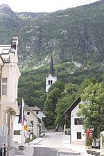 File:Bovec, view to the church St. Ulrich.jpg