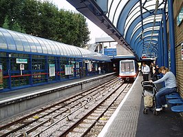 Bow Church station DLR.jpg