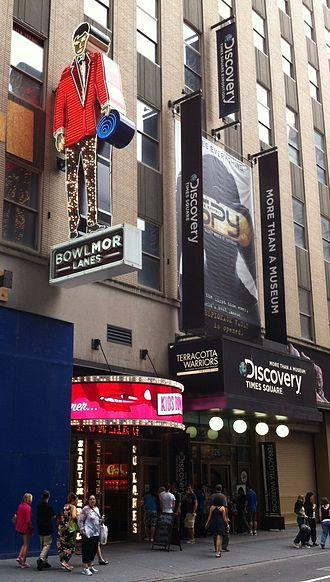 Bowlmor Lanes - Bowlmor Lanes Times Square
