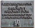 Bratislava tabula o historickej stavbe.jpg