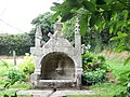 Breizh 29 - An Erge Vras - chapel kerdevot, ar feunteun 02.JPG