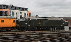 Bristol Temple Meads - 37057 green livery.JPG