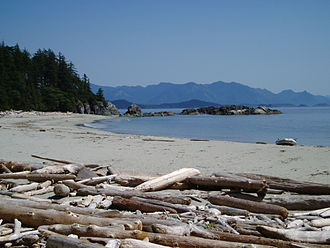 Brooks Peninsula Provincial Park - A deserted beach on southern coast of the Brooks Peninsula
