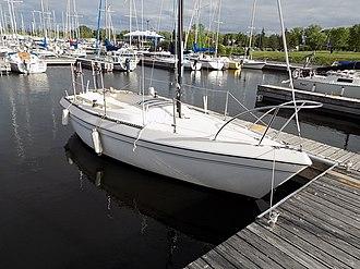 Buccaneer 200 - Image: Buccaneer 200 sailboat 0578