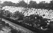 Bundesarchiv Bild 101I-721-0398-10A, Frankreich, Panzertransport mit Eisenbahn