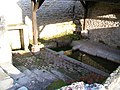 Bury (60), lavoir de la fontaine de l'Orme, rue Gambetta 2.jpg