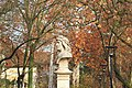 Bust of Matthias Corvinus in Mátyásföld side view in Autumn.jpg