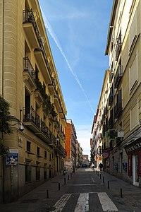 Calle del Sombrerete, desde calle de Lavapiés.jpg