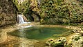 Canyon d'Amondans, cascade de tuf et sa marmite.jpg