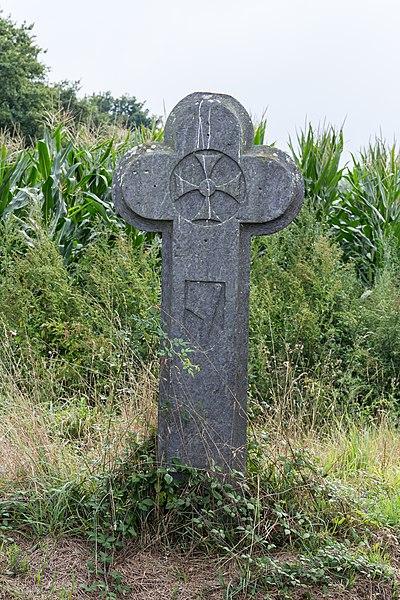 La croix Boucher à Caro.