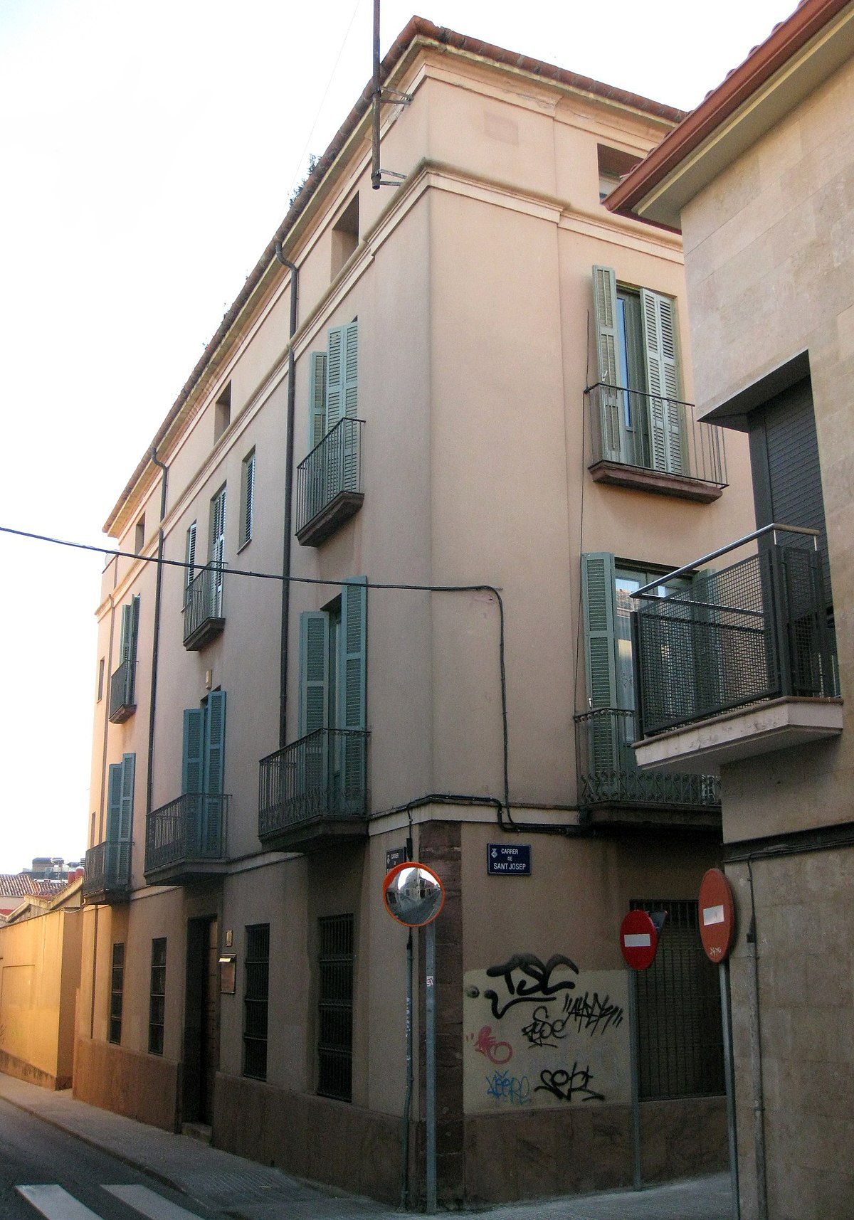 Casa mata terrassa viquip dia l 39 enciclop dia lliure - Outlet casas terrassa ...