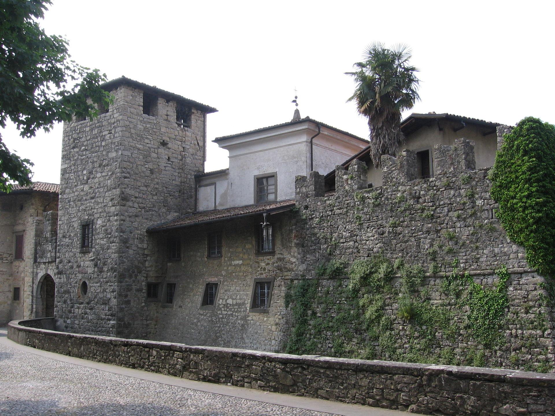 Castello di calepio wikipedia - Immagini di giardini di villette ...