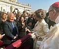Ceremonia de Canonización de Monseñor Romero. (44398851275).jpg