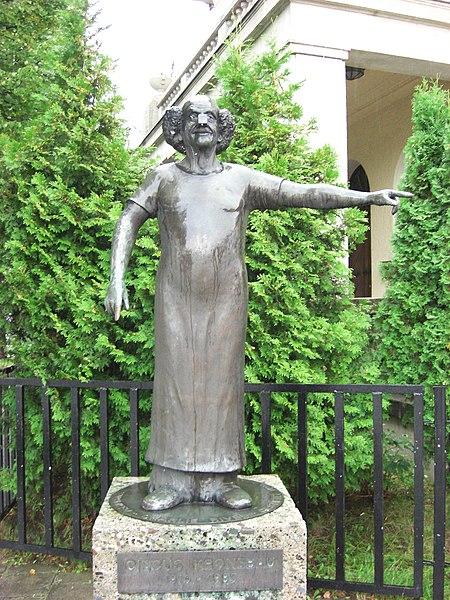 Fitxategi:Charlie Rivel Denkmal.jpg