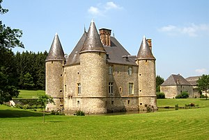 Château de Landreville - Southwest face of the Château de Landreville in May 2007
