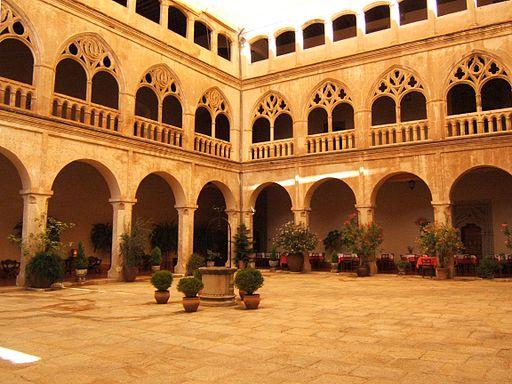Claustro gótico del Real Monasterio de Santa María de Guadalupe