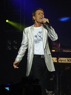 Cliff Richard v novembri roku 2009