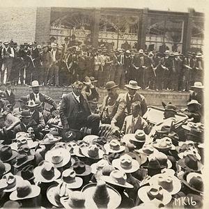 Cananea -  Col. William C. Greene addresses striking miners in Cananea, 1906. Photo courtesy SMU.