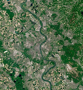 Cologne, seen from ESA Sentinel-2 Cologne by Sentinel-2, 2020-05-07.jpg