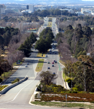 Commonwealth Avenue (Canberra) - Commonwealth Avenue, from Capital Hill