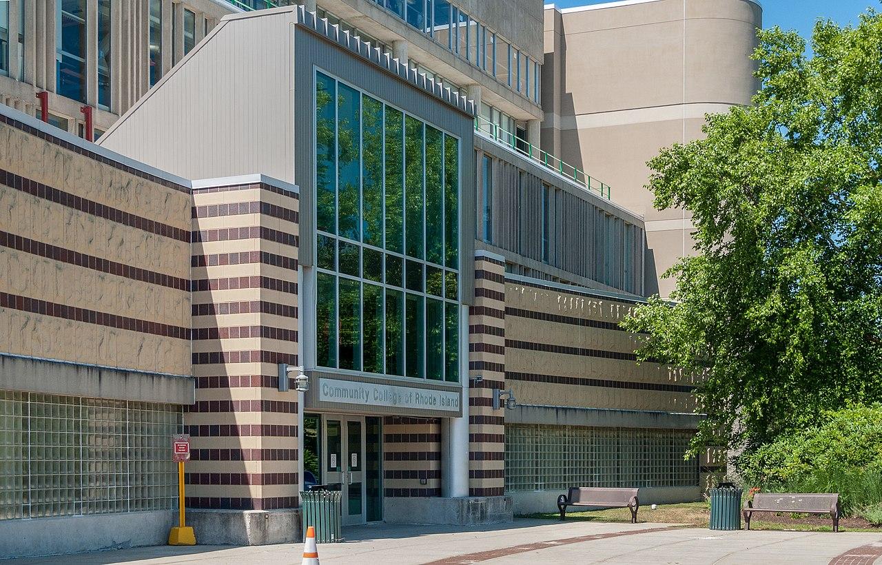File Community College Of Rhode Island Knight Campus Entrance Jpg
