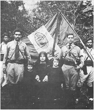 Cristero War - A photo of officers and family members from the Cristeros Castañon fighting regiment.