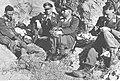 Czterech oficerów niemieckich z jednostki na Krecie podczas odpoczynku (2-505).jpg