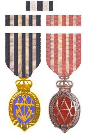 Albert Medal for Lifesaving - Both versions of the Albert Medal